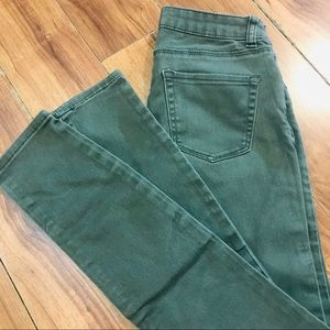 ‼️2/15$‼️- Bluenotes army green super skinny jeans